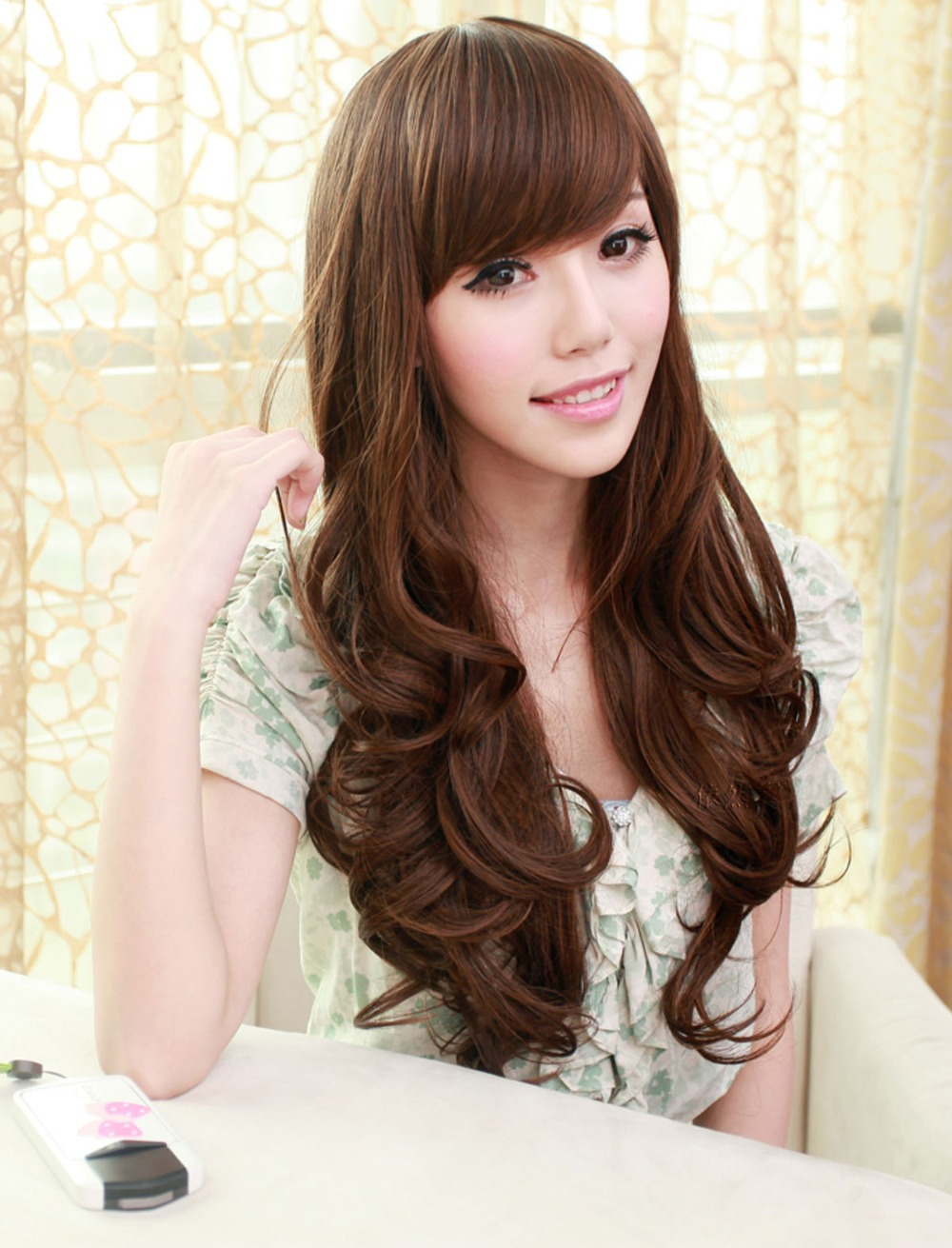 Simple But Still Stunning Long Wavy Hairstyles