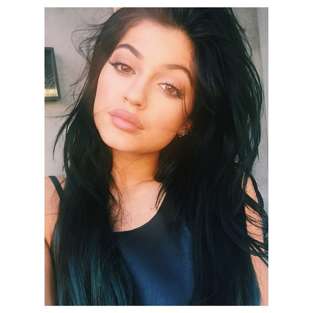 Kylie Jenner Returns To Long Locks With Gray Hair Extensions