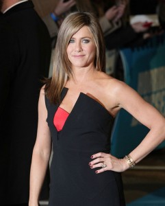 Jennifer-Aniston-Horrible-Bosses-2-Two-Movie-Premiere-Red-Carpet-Fashion-Antonio-Berardi-Tom-Lorenzo-Site-TLO-1_副本