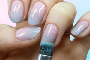 04-gradient-nail-tutorial