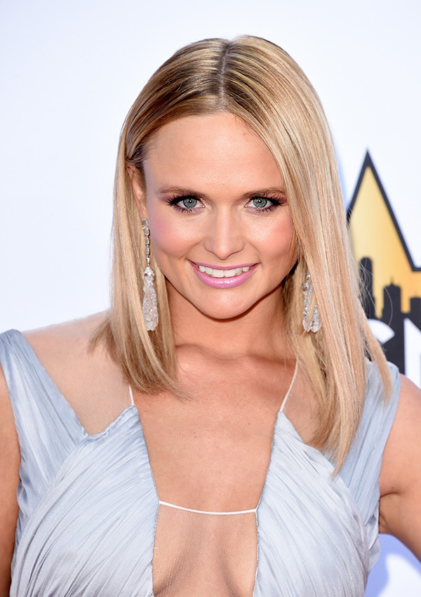 miranda-lambert-acm-awards-20151