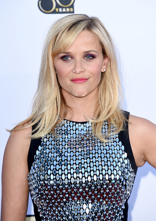 reese-witherspoon-acm-awards-20152