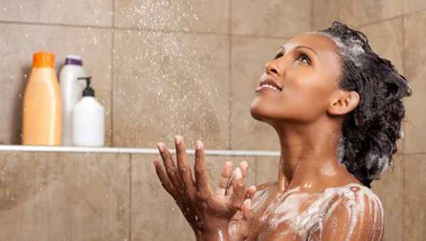 Washing and Moisturizing Afro Hair