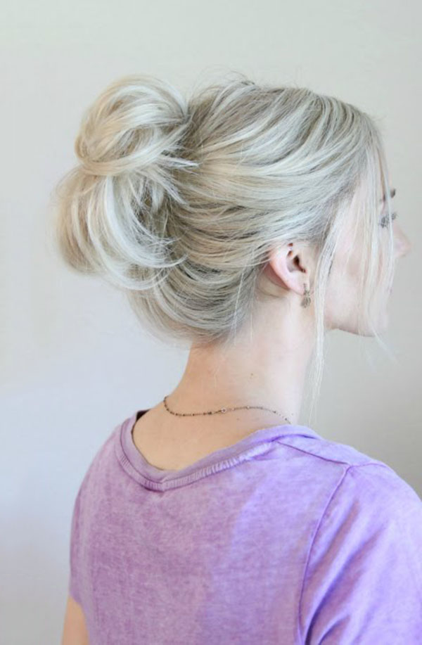 Beautiful messy bun for girls
